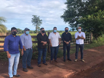 Prefeito e Vereadores reúnem com investidores em busca de implantação de frigorífico de peixe em Jangada